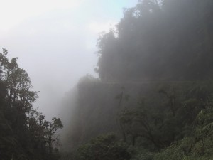 Death Road im Nebel